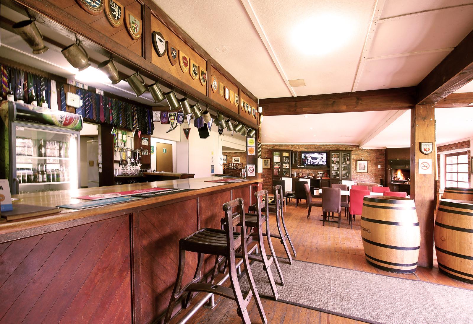Groot Drak Bar Area